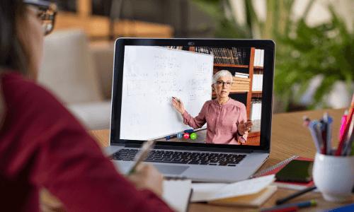 Apprendre l'anglais avec un professeur natif et à distance : c'est possible